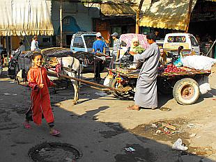 market in Darb Al Ahmar