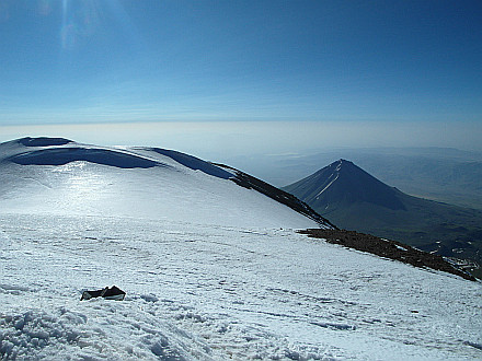 view from the summit towards Iran... on the right Little Ararat