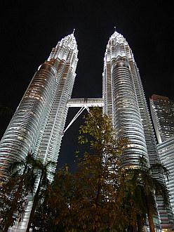 dejá vu - Petronas Towers in Kuala Lumpur