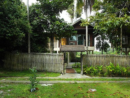 our place for the next 5 days - Hallo Villa Khanom