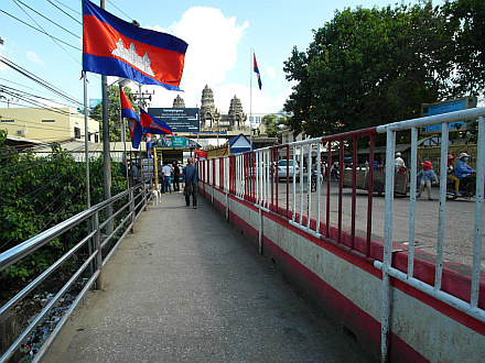 crossing from Thailand to Cambodia