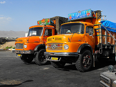 old Mercedes trucks