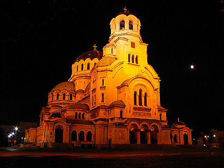 Alexander Nevsky Cathedral in the middle of the night (Sofia)
