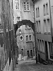 Rue Large