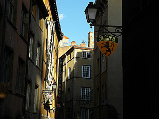 in the lanes of Vieux Lyon