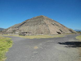 Pyramids in Teotihuacan