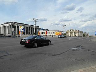 Kastrichnitskaya Square