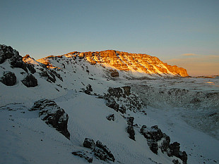 Uhuru Peak (5895m), the highest point within 5600km distance