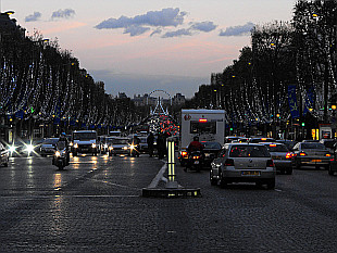 evening on Champs Elysées