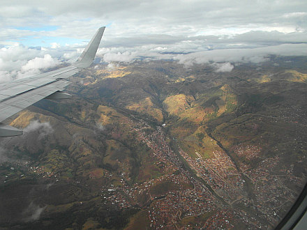 flight Lima - Cuzco, short prior landing