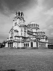 miracle... Alexander Nevsky Cathedral
