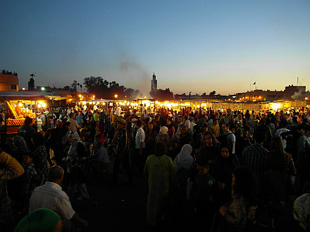 evening hustle bustle at Jemaa El Fna