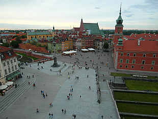 Castle Square and Warsaw Old Town
